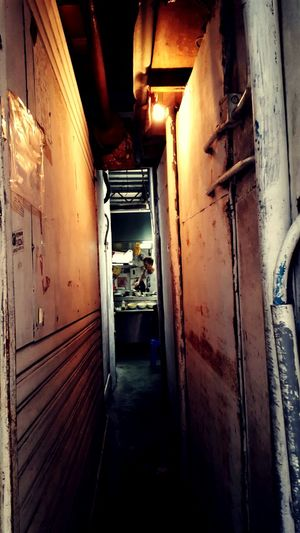 Going through this alley to the Dai Pai Dong @stanley Hustle And Bustle Daipaidong Stanleymarket Alley First Eyeem Photo Cities At Night