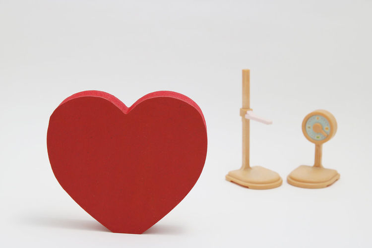 Diet Hospital Medical Examination Weight Scale Check Up Copy Space Health Care Health Care Concept Health Check Heart Shape Heart Shaped  Height Height Measurement Height Meter Indoors  Love Medical Medical Exam No People Shape Still Life Studio Shot Treatment Weight White Background
