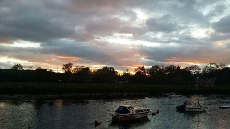 Levengrove Park River Leven Sunrise_sunsets_aroundworld Sunset Skyline Scotland