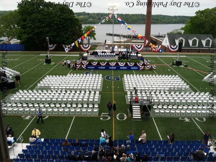 The crowd begins to filter in for commencement.