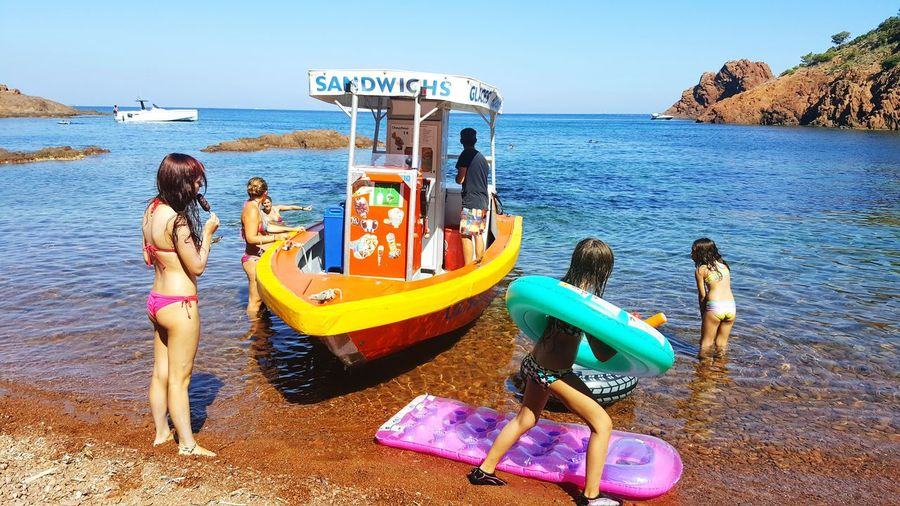France 🇫🇷 French Riviera Cannes Beach Life Sandwichboat Relaxing