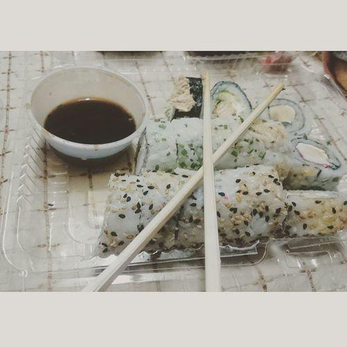 Instashot Nocrop Sushi 🍱🍣🐙🐠🐟🐬🐳🐋 🍣🍱 Sushitime Sushidate Chile Chilesushi Instasushi Chileinsta Sushictm Ctmsushi