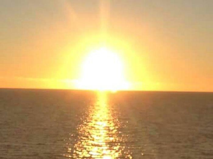 Beautiful Sunset Silhouette Taking Photos Relaxing First Eyeem Photo Beautiful ♥ Stunning View