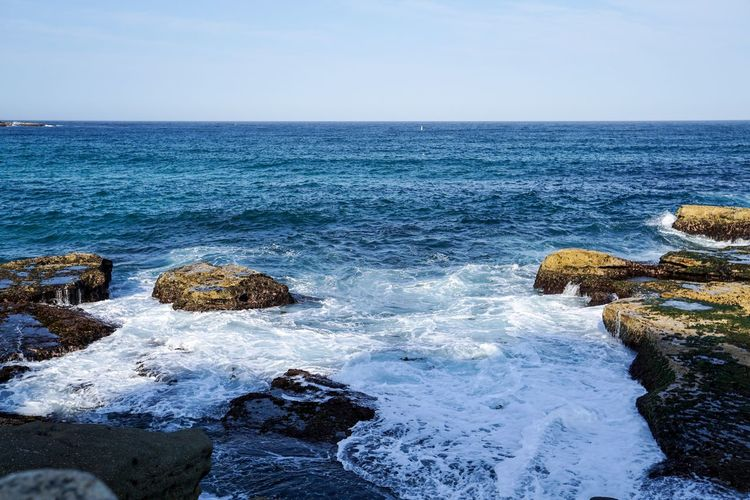 Sea Waves Sea Water Horizon Over Water Beauty In Nature Sky Horizon Scenics - Nature Rock - Object Solid Blue Beach Rock Nature Tranquility Tranquil Scene