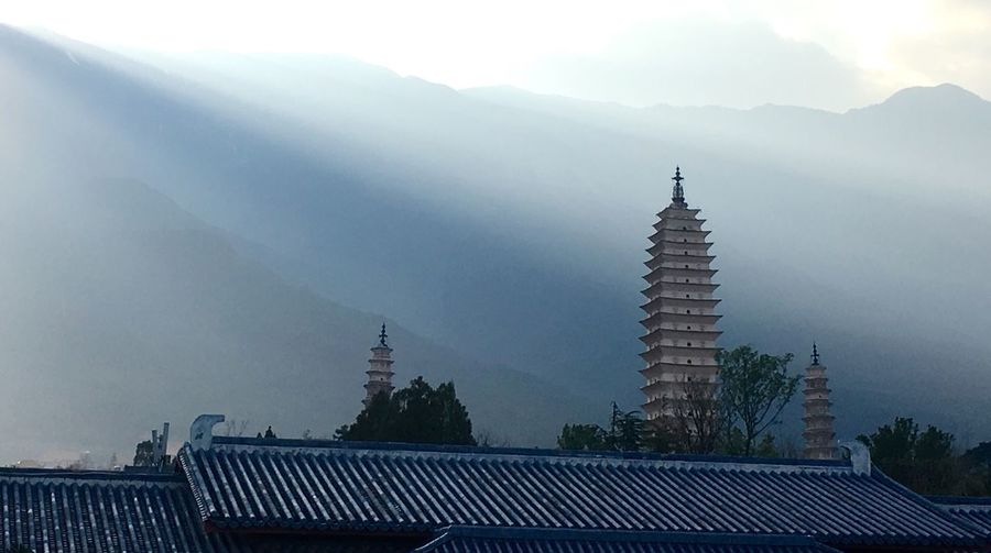 Yunnan Dali Yunnan Travel Architecture Building Exterior Tower Light And Shadow Showcase: February IPhone 6s PhonePhotography IPhoneography They are three famous towers of Chong Sheng Temple 崇圣寺三塔 EyeEmNewHere