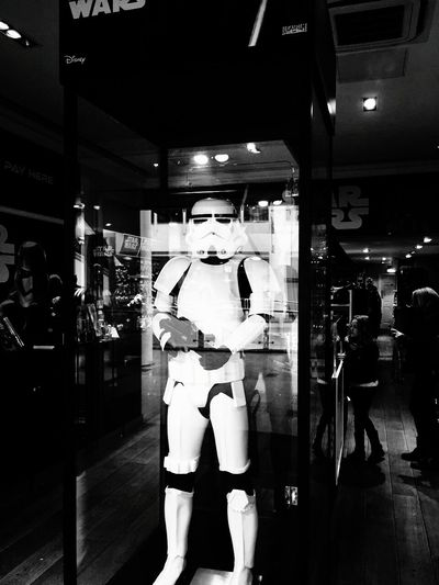 Starwars london showroom Showroom Starwars7 Starwars Starwar Starwarsday StarWars Collection LONDON❤ London Starwarslego Star Wars