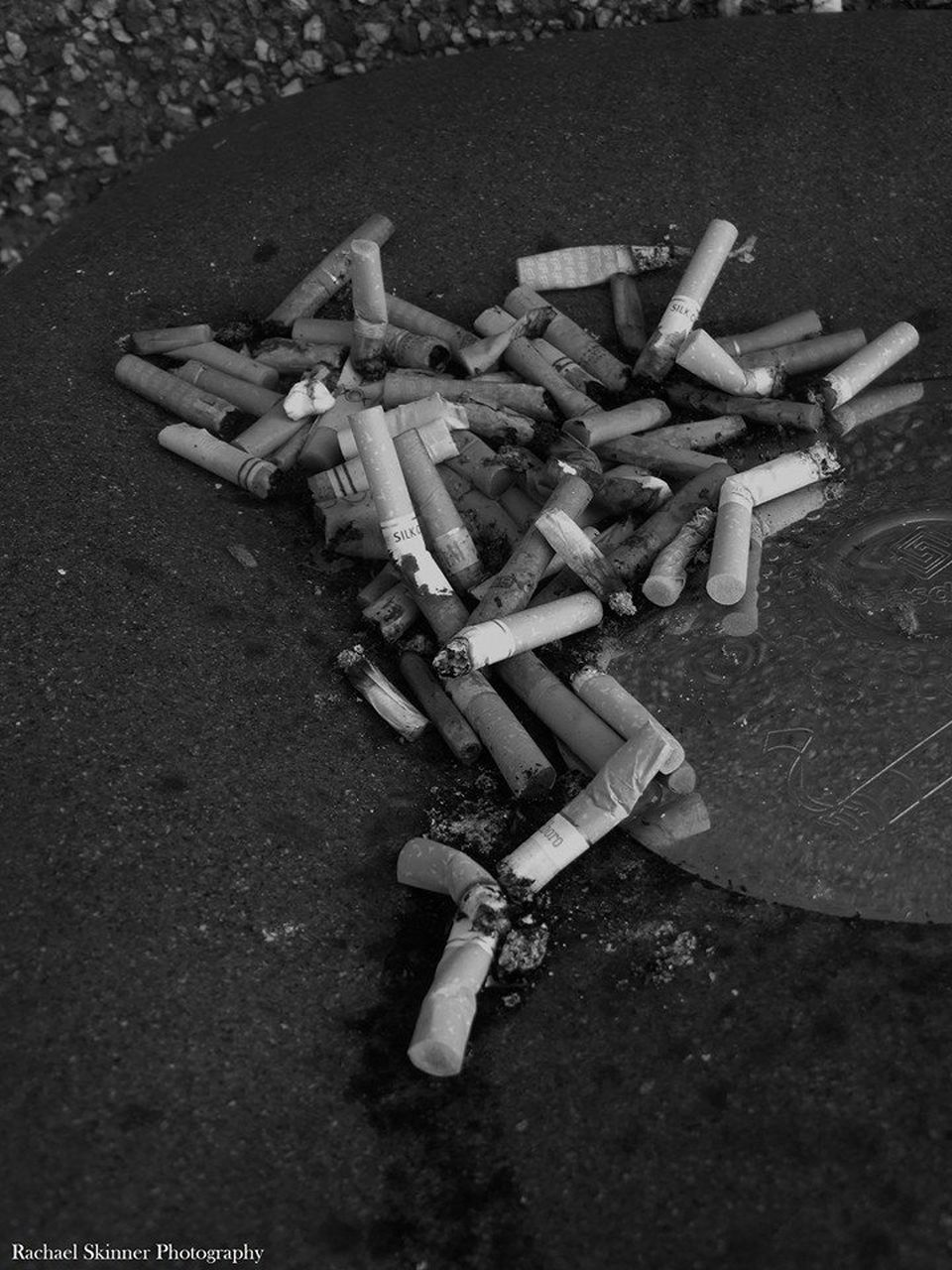 smoking issues, cigarette, bad habit, cigarette butt, addiction, social issues, risk, ashtray, danger, ash, large group of objects, no people, close-up, outdoors, day