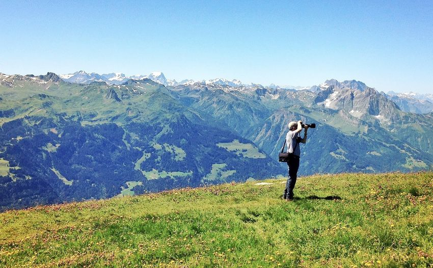 Shootermag ! EyeEmSwiss NEM Landscapes Taking Photos Of People Taking Photos