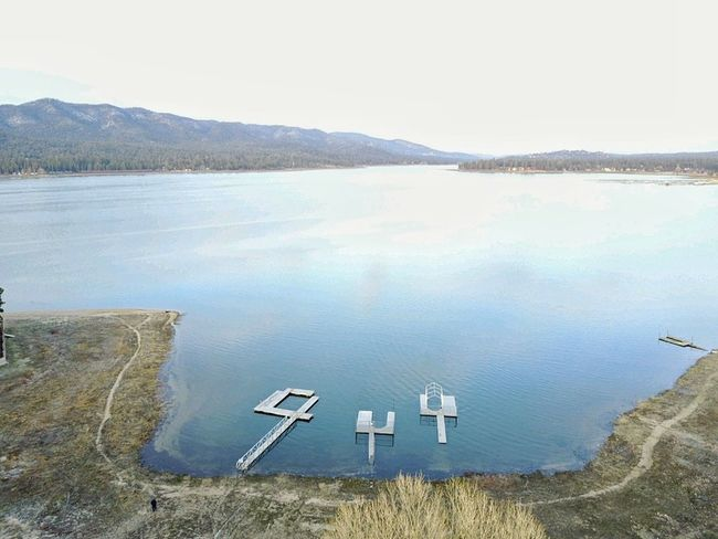 Flying High Water Lake Mountain Outdoors Tranquility No People Scenics Beauty In Nature California Landscape Big Bear Ca Big Bear Lake Docks Lakeview Dronephotography Droneshot Drone Dji Drones In The Mountai Photography Beaty In Nature