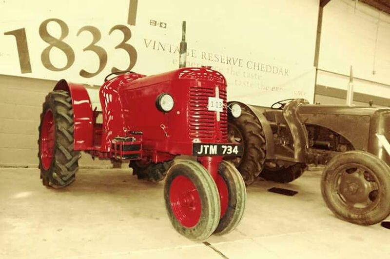 David Brown Tractor at the Somerset Vintage Tractor Show 2015. Vintage Tractors Tractors Colursplash