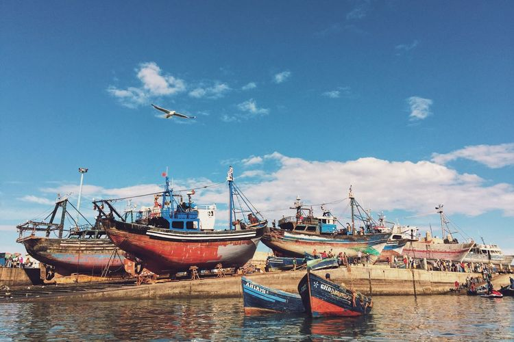 Essaouria Fishing Boats Fishing Village Fishing Port Essouira Boats Deterioration Colorful Landscape Harbor Harbour Port Docked The Sea Morocco Blue Sky Travel