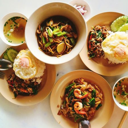 Thai Food Street Food Thailand Bruch Luch Rice Noodle Serving Size High Angle View Savory Food Ready-to-eat Food And Drink Food Soup Meat Table Chinese Food Close-up Appetizer Day