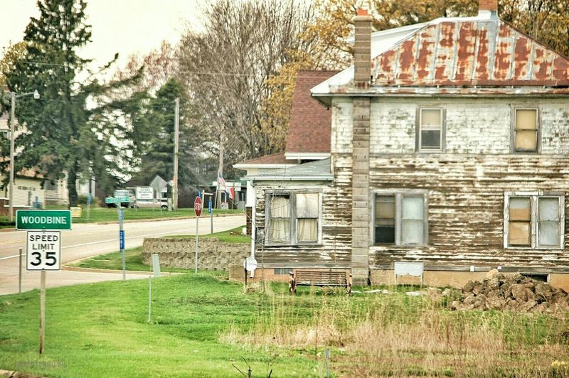 Abandoned Dwellings of Northern Illinois Woodbine Illinois Jo Daviess County Summertime Hello World ThisIsCountry