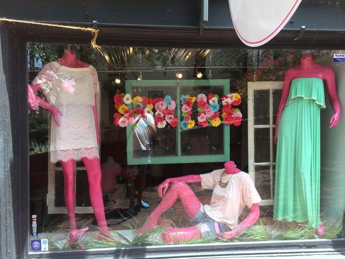 Kitsch Oder Kunst Pink Schaufenster Window Shopping