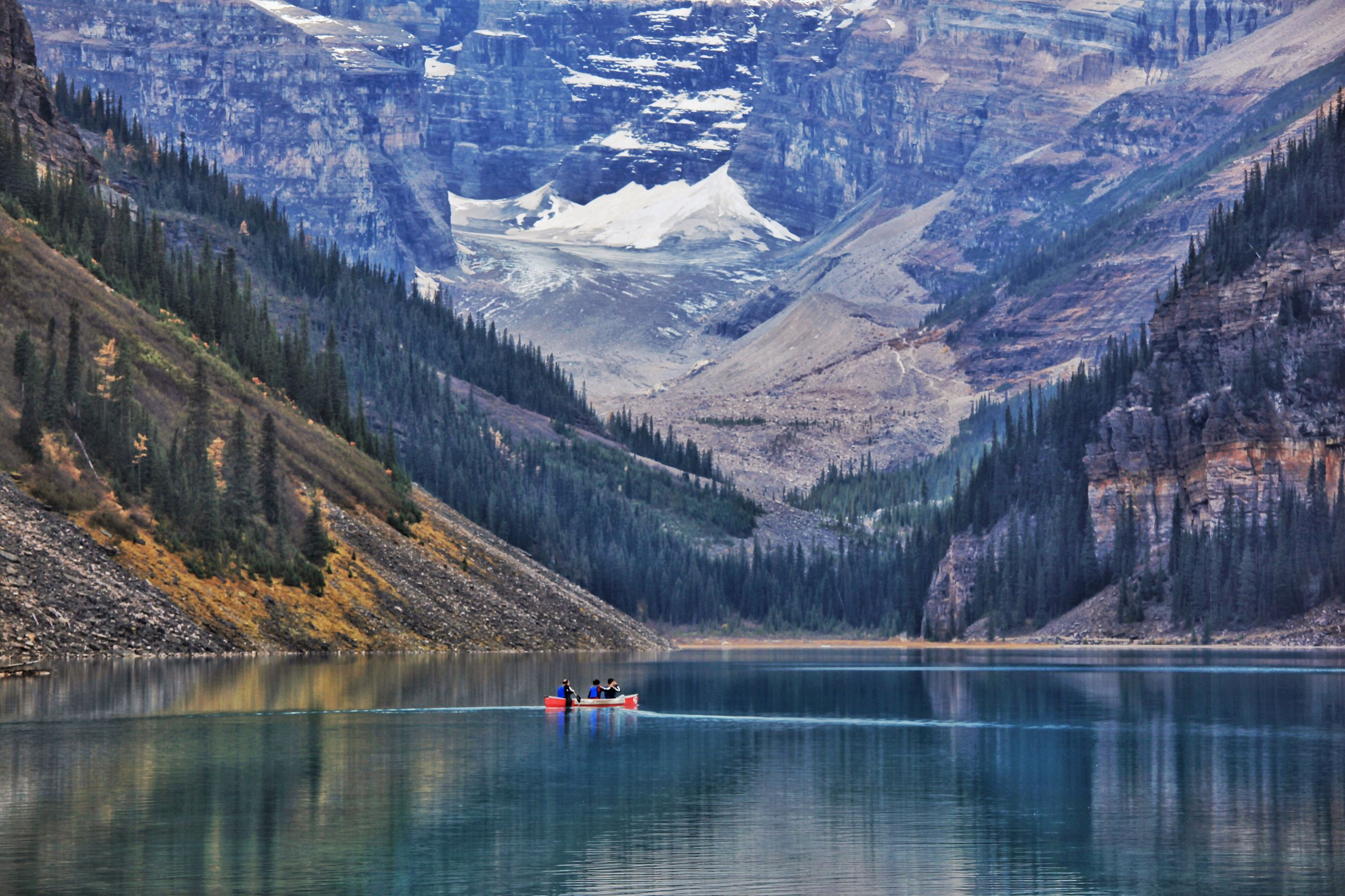 mountain, scenics, tranquil scene, tranquility, water, mountain range, beauty in nature, idyllic, lake, nature, waterfront, majestic, remote, non-urban scene, physical geography, calm, valley, day, outdoors, geology, tourism, no people, rocky mountains, wilderness, green color