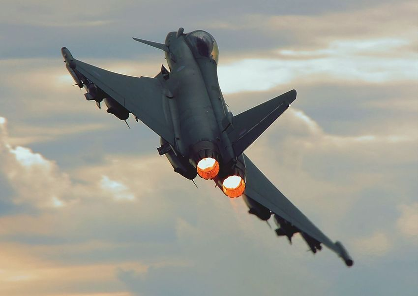 Fast Jets Fighter Jet Eurofighter Typhoon Speed Aviation Airshow Royal Air Force Military Afterburner Need For Speed Fighterpilot Jet Topgun Aeroplane Afterburners