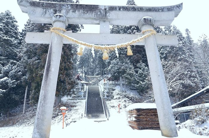"""Shrine Snow Winter Introducing Culture Of Japan Which Must Be Left To The Future…… """"未来に残す日本の文化"""""""