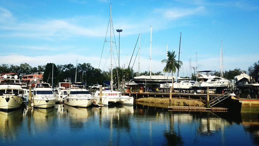 16-05-15 Phuket,Thailand Boat Lagoon
