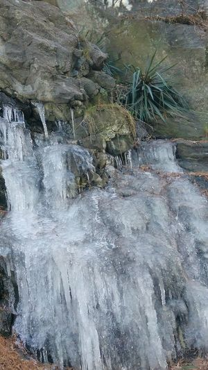 Cascade. photo by Shell Sheddy Shellsheddyphotography Sheshephoto Frozen Ice The Great Outdoors - 2018 EyeEm Awards Rockface Rock Formation Water Backgrounds Full Frame Textured  Close-up
