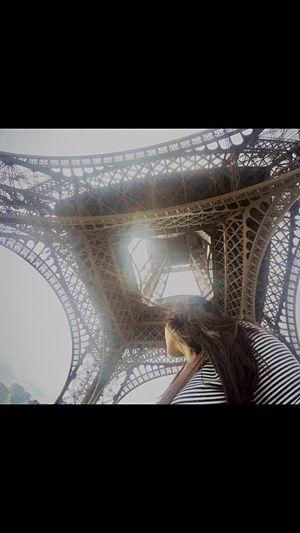 Eiffel inlove🖤 Traveler Travelnatics Fun💕 Sunny Paris ❤ Summer ☀ #photography