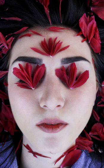 Red Color Young Women Young Woman Flowers Flower Portrait Portrait Red One Person Human Body Part Young Adult Beauty Eyes Closed  Women Make-up Beautiful Woman Body Part Close-up Headshot Human Face Young Women Human Lips Front View Beautiful People Adult Fashion