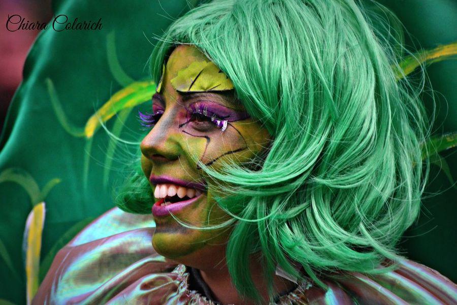 Maschera di carnevale 🎉🎊🎭Colors Of Carnival Carnival Party Colori Carnevale Sorriso Carnevaldemuja63 Cheese! Carnevale Di Muggia Portrait Happy People Smile Karnival Carnevale2016 Muggia Pickoftheday Portrait Of A Woman Nikonphoto Happy Carnival Spirit