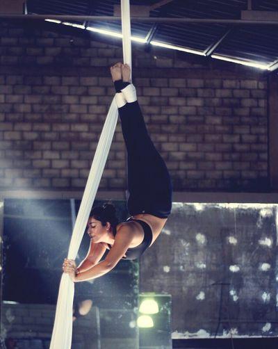 Aerialist #aerialist #aerial #aerialsilks #aerialarts #aerialtissue #aerialfun #aerialistnation #acrobaciasaereas #aerialove #aerialife #aerialgymnastics #aerialistsofig #aerialbeauty #aerialfitness #aerialmovement #backbend #back #bend #bending #blue #circo #cirque #circus #circusinspiration #contortion #circusaroundtheworld #confidence #circusfitness#circusavalon #danzaaerea #elasticidad #equilibrium #flexibility #flex #flexibilitynation #fly #fitness #fuerza #green #gymnastics #gym #goals #gymgoals #gymnast #gravity #silks #split #strength #tissue #strong #tissu #telas #team #training #usaerial #volar #white #yellow