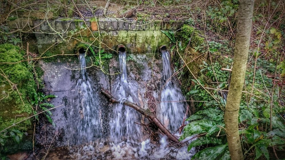 Taking Photos Stone Wall EeYem Best Shots Eeyem Photography Beauty In Nature Hdrphotography Hdr Collections Beautiful Nature Nature Photography Water Waterscape Water Splash Streams Of Water Streams