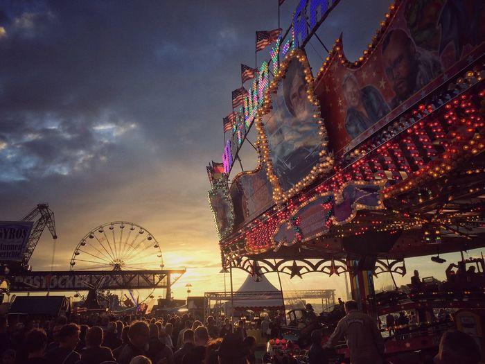 Great lights - HanseSail 2016, Rostock Rostock Hansesail 2016 HanseSail Snapseed Sunset And Clouds  Sunset Lightbulbs