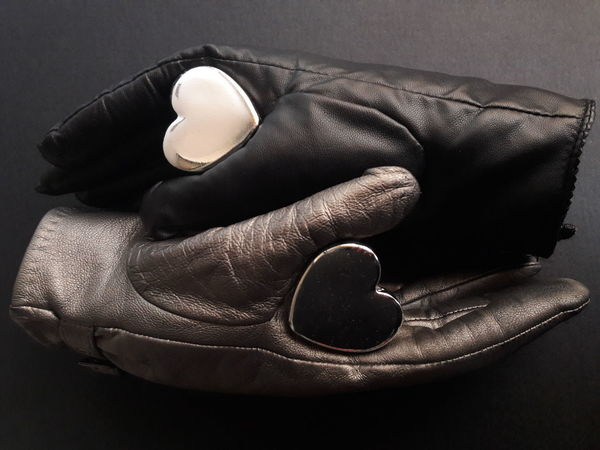 """The Yin and the Yang of Love"" Taiji Yin Yang Symbol Symbology Orient Ying And Yang Taoism Tao  Taoist Laozi Confucius Confucianism China Chinese Philosophy Opposites Complementary Heart Leather Gloves Feelings Relationships Conceptual Social EyeEmNewHere"