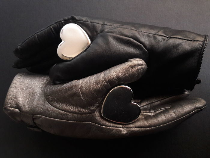 """""""The Yin and the Yang of Love"""" Taiji Yin Yang Symbol Symbology Orient Ying And Yang Taoism Tao  Taoist Laozi Confucius Confucianism China Chinese Philosophy Opposites Complementary Heart Leather Gloves Feelings Relationships Conceptual Social EyeEmNewHere"""