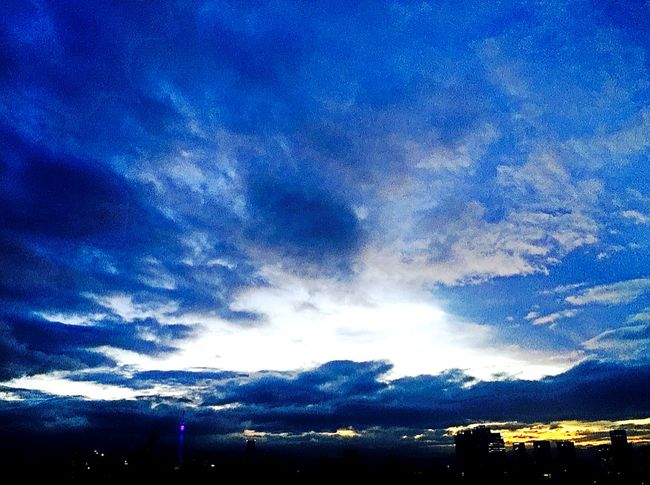 Morning Light Clouds And Sky Colorful Quiet Moments Morning Sky Eye4photography  EyeEm Best Shots Blue Series