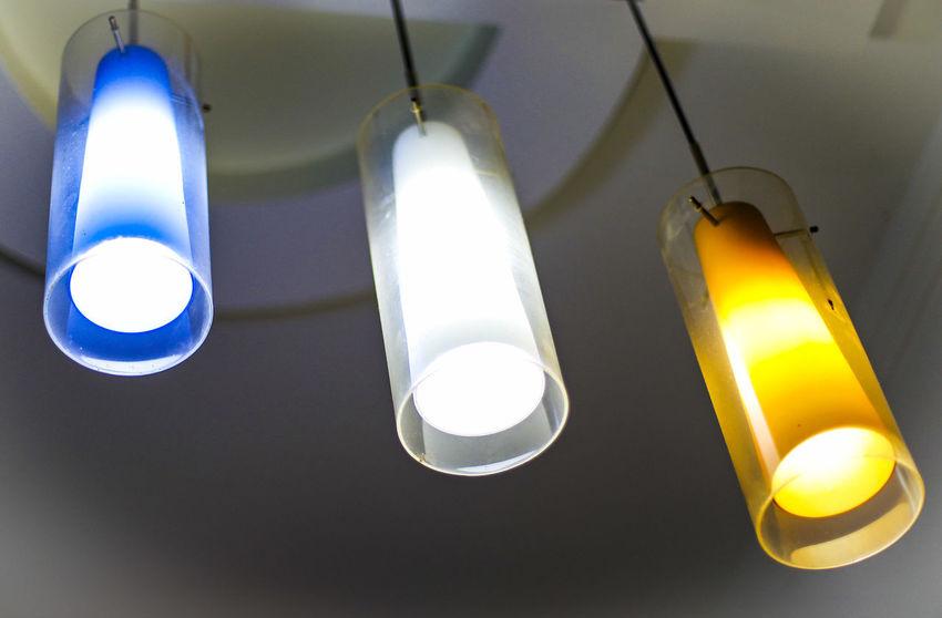 Ceiling Hanging Light Bulb Lighting Equipment Low Angle View 灯