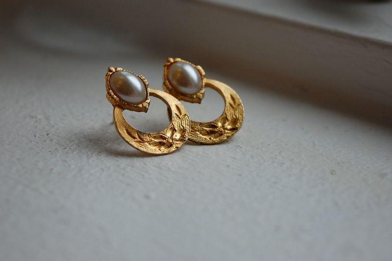 EyeEm Selects Gold Precious Gem Luxury Gold Colored Diamond Ring Wedding Love Wealth Shiny Ring My Best Photo