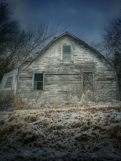 It's Cold Outside Winter Beautyofdecay Seasons Rural Scenes Eyem Best Shots Abandoned Coldweather Rural America Enjoying Life ChillScenes Snow Day Discardedbeauty Abandoned House ExploreEverything
