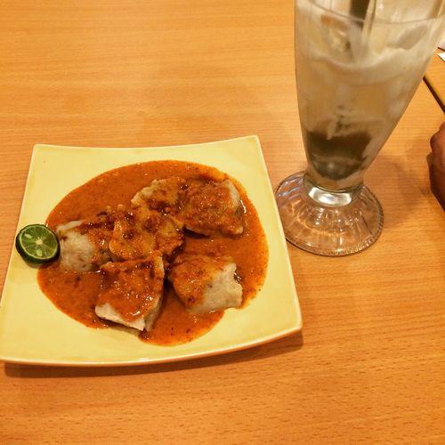 Es Teller 77 - Siomay Esteler77 Food Makanan Taste Delicious Jakarta INDONESIA Hangout Santai