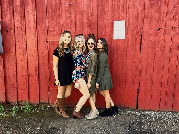 Cali ladies & an old red barn