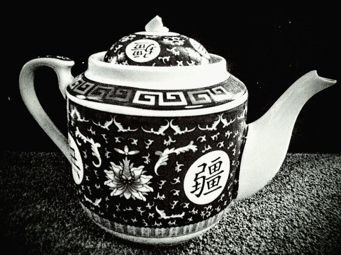History The Past Memories No People Antiquities Perspective Eyeem Marketplace Pattern, Texture, Shape And Form Light And Shadow Still Life Indoors  Black&white Blackandwhite Photography Black & White Blackandwhite Japaneseteapot Teapot Traditional Culture Of Japan Culturephotography
