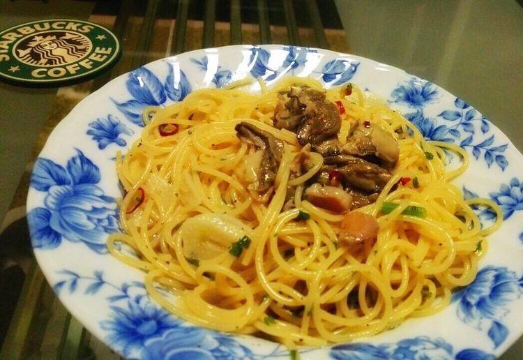 かきくん製油漬けを使ったパスタ♪ 竹中缶詰 牡蠣 パスタ おうちごはん Cooking Cooking Dinner Cooking At Home Oyster  Oysterpasta Pasta Oyster Time Dinner Mydinner Drinking カギ