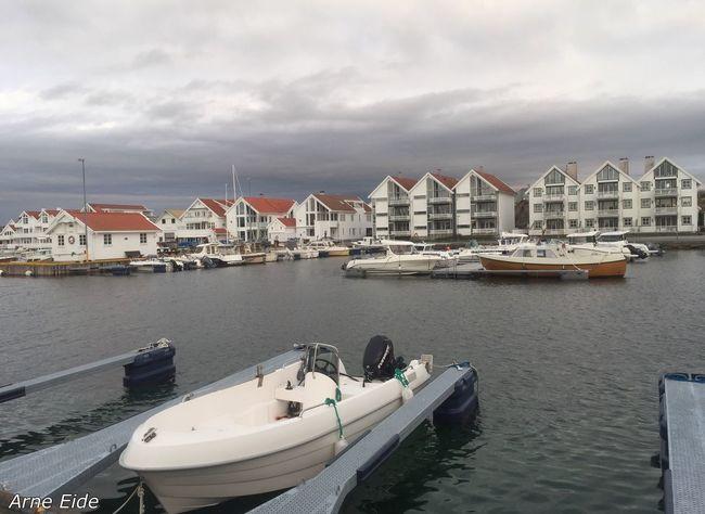 So nice there in the harbor of Åkrehamn😊 Åkrehamn Karmøy Rogaland Norway