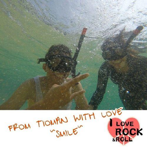 Jayjoejiegoestotioman MarinePark Tioman Island underwater gopro GoGoPowerRangers.. tioman rock \m/