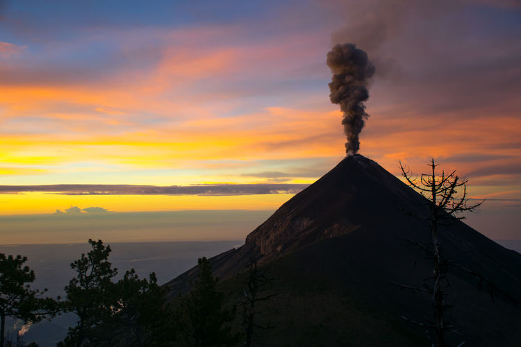 Acatenango Volcano Erupt Beauty Cloud - Sky Eruption Landscape Mountain Nature No People Outdoors Sky Sunset Volcano