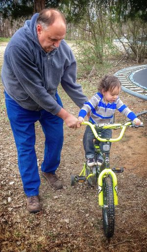 Everyday Education IPhoneography Grandfather And Grandson Learning How To Ride A Bike Riding Bikes Learning Learningshappydays With Grandpa HaveFun Childhood Memories