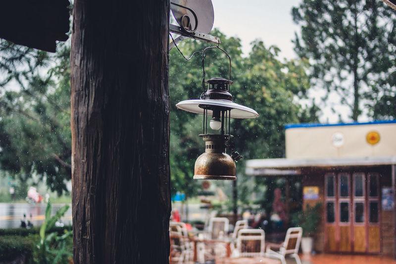 Lighting equipment hanging outdoors