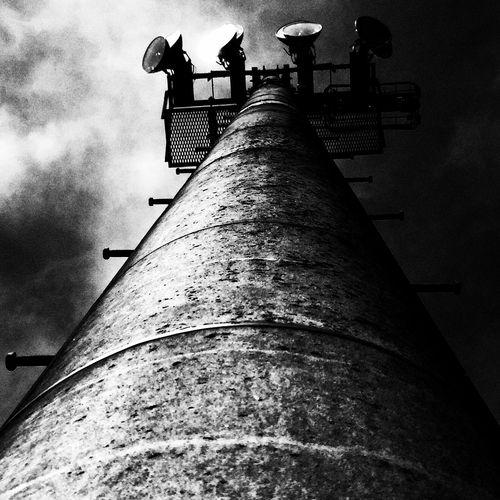 ケンタッキーのフライドサーモンサンドに興味津々の日々です。 Black & White モノクロ EyeEmJapan EyeEm Best Shots - Black + White Light And Shadow Bw_JAPAN Illumination Ibaraki-Japan