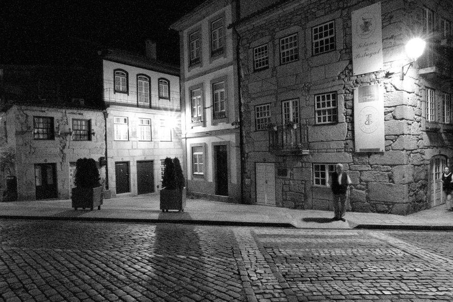 Ponte De Lima Portugal_em_fotos City Black And White Street Photography Blac&white  Pontedelima