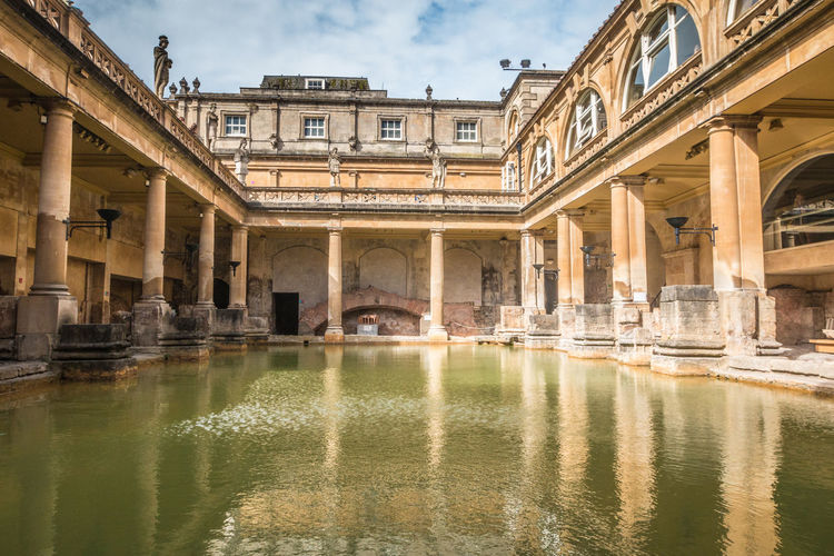 Ancient Roman Bath in England Bath Roman Bath Architecture Water Built Structure Building Exterior Reflection Nature Waterfront Sky Architectural Column No People Building City Day Cloud - Sky History Bridge Old The Past Outdoors Canal