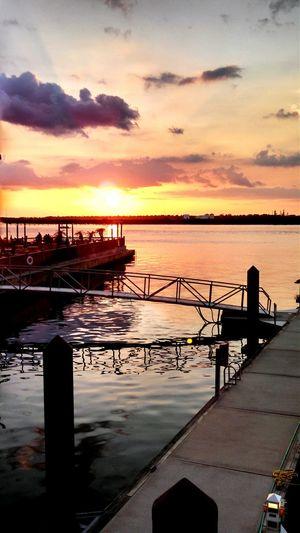 Sunset Water Beauty In Nature Lake Charles Casino Having Fun
