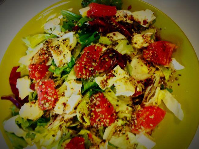 Mixsalad Briecheese Grepfruit Hempseed Vinegrette