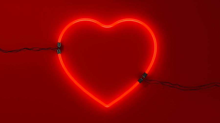 Neon heart for